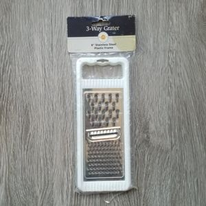 NWT 3-Way Grater, white, stainless steel